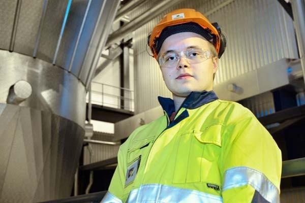sentuntee_kuopion_energia_ihmiset_tyontekijat_bioenergia_tuotanto_47-1